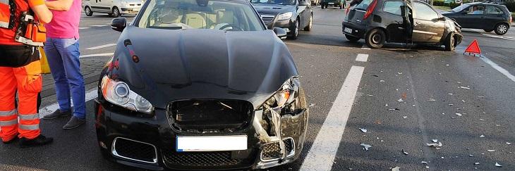 kolizja z Fiata i Jaguara